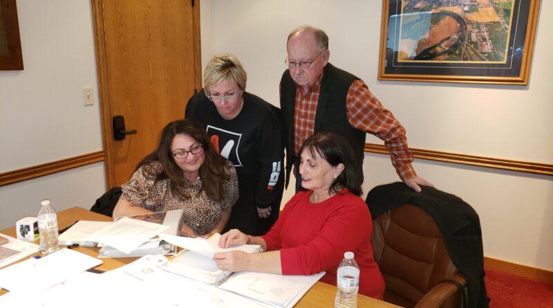 Dayle Searle retires as volunteer director of Shelley's Tree Committee